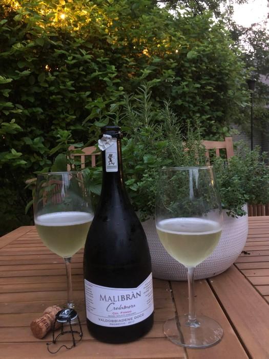 Italian sparking wine, Italian bubbly, natural wine from Italy, natural sparking wine